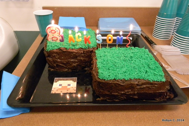 Minecraft Cakes Top View Cake Lit Up