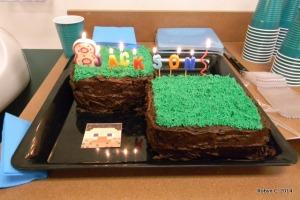 Minecraft Cake, lit up